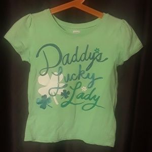 "Old Navy T-shirt ""Daddy's Lucky Lady"" in GREEN"